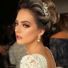 Bridal Beauty, Bridal Makeup, Wedding Makeup, How To Make Hair, Make Up, Beauty Makeup, Hair Makeup, Classic Beauty, Hair And Nails