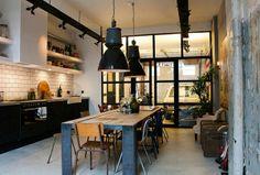 Große Pendelleuchten im Esszimmer – moderne Hängelampen - Große Pendelleuchten im Esszimmer industriell eklektisch küche
