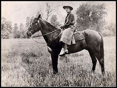 Claire Marie Hodges was the first fully commissioned female park ranger and spent 30 years at Yosemite National Park. Tuolumne Meadows, Sequoia National Park, Yosemite Valley, Historical Images, Le Far West, Park Service, Women In History, Black History, Before Us