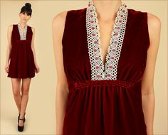 ViNtAgE 60's Red VELVET Scalloped LACE Mini by hellhoundvintage