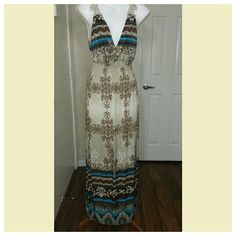 """NWOT MAXI LACE BOHEMIAN DRESS Apricot brown-ish bohemian dress. V neck and have lace on the back. Very comfy and soft. A little see through below waist. Size OSFM but I will say it will fit good for small and medium size.  Material cotton blend. Length from armpit 44"""".  I'm open for all REASONABLE offer. Dresses Maxi"""