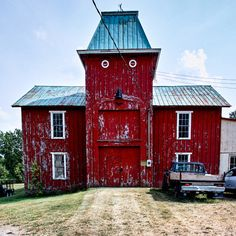 Funny Red Barn - makes me smile. If it was black, it might look like something from the Aadams Family!
