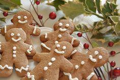 Μια συνταγή για πανεύκολα και πεντανόστιμα Χριστουγεννιάτικα Μπισκοτάκια με τζίντζερ για να τα φτιάξετε και τα γευτείτε με τα παιδιά σας και τους καλεσμένο