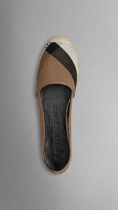 Burberry Espadrilles, Dream Shoes, Loafer Flats, Loafers, Girls Shoes, Flat Wedges, Me Too Shoes, Burberry Handbags, Shoe Closet