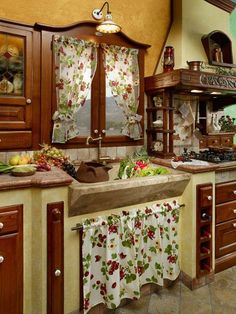 How to Make Simple Kitchen Curtains to Make Simple Kitchen Curtains - Life ideas What length must curtains be? This is where opinions differ while there is no proper length for the c. Rustic Kitchen, Country Kitchen, Vintage Kitchen, Kitchen Decor, Dining Table Design, Modern Dining Table, Küchen Design, House Design, Interior Design