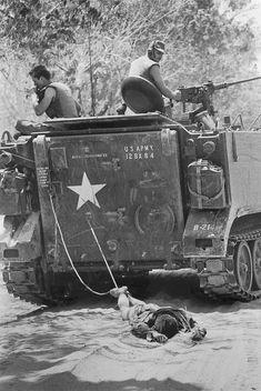 Every World Press Photo Winner From Vietnam History, Vietnam War Photos, North Vietnamese Army, World Press, Military Coup, Military History, Military Videos, Military Memes, Military Pictures