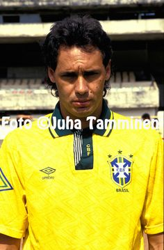 25.02.1992.Evair - Brazil.Full name: Evair Aparecido Paulino.©JUHA TAMMINEN