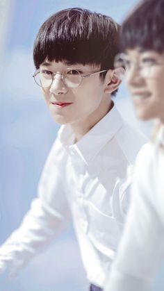 易烊千玺_Jackson Yi_Dịch Dương Thiên Tỉ _ cục Chiên và Dịch thiếu cùng nhau làm ảnh mẫu cho tạp chí Bazaar, nhìn quài mới nhận za :)))))