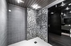 shower Interior, Shower Curtain, Printed Shower Curtain, Curtains, Bathroom, Interior Design, Bathtub