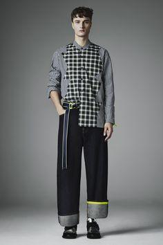 Christopher Kane Fall 2016 Menswear Fashion Show Collection