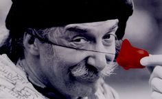 The REAL Patch Adams: One Of The Greatest Activists In History