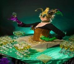 Book our Carnival-themed human drinks table. Hire our Mardi Gras-themed human champagne table for award ceremonies in the UK & London.