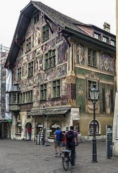 Beautiful old #house in Schaffhausen, Switzerland by Miquel Fabré – Wunderschönes altes Haus in Schaffhausen | bestswiss.ch