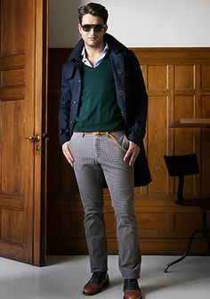 30代男性×ネイビートレンチコートの着こなし(メンズ) | Italy Web