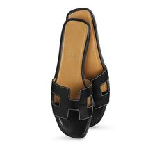 27aa272d90f3 11 Best hermes slippers images