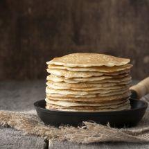 Ma recette du jour : Ploye (crêpe canadienne) sur Recettes.net Pancakes, Breakfast, Canada, Food, Desserts, Cooker Recipes, World Cuisine, Canadian Recipes, Yummy Recipes