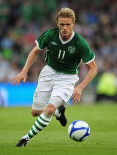 Damien Duff Photos Photos - Damien Duff of Republic of Ireland in action during the International Friendly match between Republic of Ireland and Argentina at the Aviva Stadium on August 11, 2010 in Dublin, Ireland. - Republic of Ireland v Argentina - International Friendly
