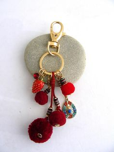 Red pom pom/tassel charms key ring Bijou de sac / pompons Diy Purse, Key Rings, Tassel, Charms, Purses, Personalized Items, Red, Pom Poms, Key Pouch