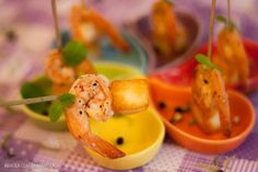 Receita de camarão no azeite com cubinhos de queijo coalho