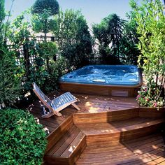 steps to the hot tub :)