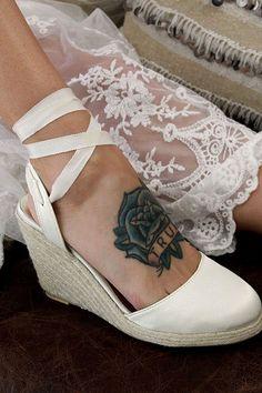 Sandalias de novia la cuña marfil y Satén zapatos de Novia