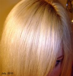 Tutorial for Bleaching your Hair Blonde, Platinum or White at Home Updated on March 16th, 2014: Due to the large volume of emails concerning this post, I am asking that everyone please read this bl…