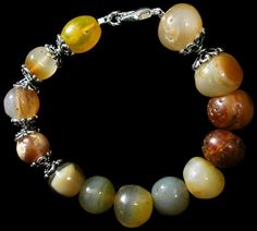 Ancient Resource: Ancient Roman and Greek Glass, Gold, and Stone-Bead Jewelry for Sale