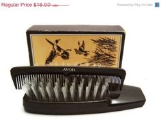 SALE  Brush and Comb Valet  Vintage Avon by CuriositiesCupboard, $16.20