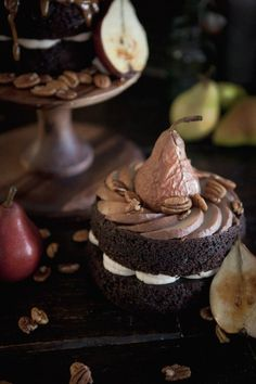 chocolate and pear cake  | torta pere e cioccolato| Un matrimonio dal profumo di legna ardente e caldarroste | A wedding day by the smell of burning wood and roasted chestnuts http://theproposalwedding.blogspot.it/ #woodsy #wedding #wood #wooden #fall #autumn #matrimonio #autunno #legno