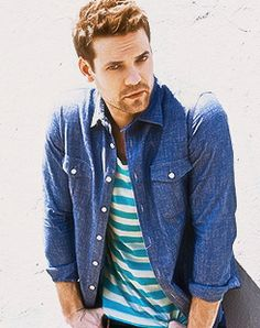 Shane West. He will always be sexy thanks to a walk to remember :))