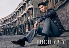 Cha Seung Won is a dapper cover man for 'High Cut' Asian Actors, Korean Actors, Cha Seung Won, Jo In Sung, Lee Bo Young, Yoo Ah In, Joo Won, Clean Shaven, Korean Star