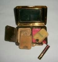 Vintage compact and lipstick