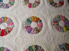 Sue Daurio's Quilting Adventures: Dresden Plates on Mother's day