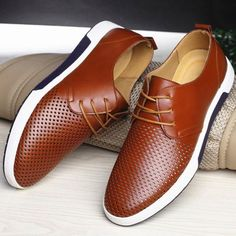 UK British Men Casual Genuine Leather Shoes Lace-up Sneakers Breathable Shoes UK Leather Shoe Laces, Casual Leather Shoes, Cow Leather, Leather Flats, Casual Shoes For Men, Casual Loafers, Trendy Shoes, Casual Sneakers, Mens Fashion Shoes