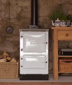 Woodfired Esse Plus 1 Cooker Ranger, English Interior, Fire Cooking, Old Flame, Campervan Interior, Range Cooker, Wood Burner, French Door Refrigerator, New Kitchen