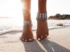 Adorn your bare feet and walk amongst the sand | GypsyLovinLight Style