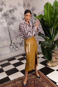 Johanna Ortiz Fall 2018 Ready-to-Wear Fashion Show Collection: See the complete Johanna Ortiz Fall 2018 Ready-to-Wear collection. Look 43 Autumn Fashion 2018, Fall Fashion Trends, Runway Fashion, Fashion Outfits, Fashion Tips, Fashion Design, Workwear Fashion, Fall Trends, Fashion Bloggers