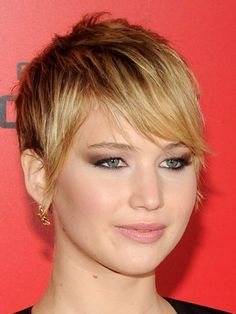 Jennifer Lawrence: I'm rude and use bad language but I'm trying to clean up my act