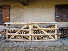 rusztikus akác fa kerítés