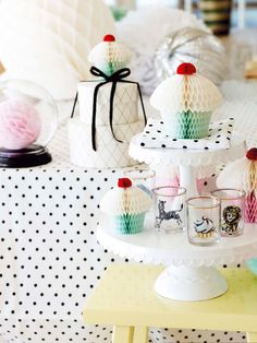 Love this~ minus the animal glasses Papir Cupcake, stor