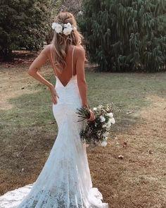 Cute Wedding Dress, Wedding Dress Trends, Dream Wedding Dresses, Bridal Dresses, Backless Wedding Gowns, Sheath Wedding Dresses, White Lace Wedding Dress, Wedding Dress With Veil, Lace Bride