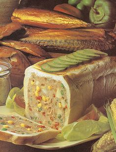 Mackerel and Tuna Picnic Loaf by Jello Kitty, instant appetite assassin. Jello Recipes, Old Recipes, Vintage Recipes, Gross Food, Weird Food, Scary Food, Bad Food, Funny Food, Weird Vintage