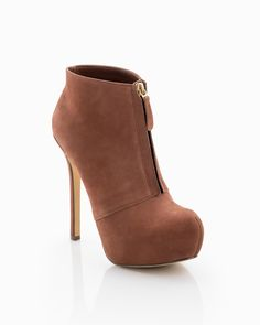 Wow...i dont know if girls know how sexy these shoes are