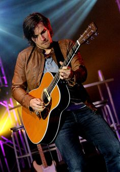 Charlie Worsham, yes he is my cousin!