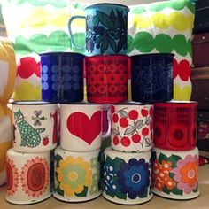 My finel enamel mug family got new member 😍 Marimekko, Cute Cups, Vintage Kitchenware, Coffee Photography, Japanese Design, Retro Home, Trendy Colors, Design Elements, My Etsy Shop