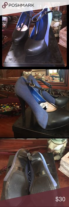 "Lady Luxe T strap heels sz6 Brand new vintage look 4"" Tstrap heels royal blue with black toe Lady Luxe Shoes Heels"
