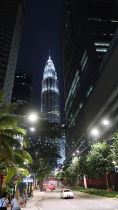 Torres Petronas, Kuala Lumpur, Malásia | Viaje Comigo Kuala Lumpur, Cameron Highlands, Empire State Building, Travel, Viajes, Destinations, Traveling, Trips
