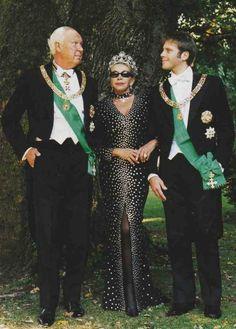 Prince Vittorio Emmanuele, his wife, Marina and son Emmanuele Filiberto. Royal Brides, Royal Weddings, Maria Jose, Adele, Royal Tiaras, People Of Interest, Royal Jewelry, Royal House, Kaiser
