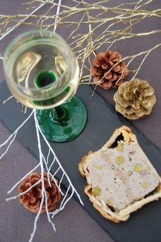 Pâté en croûte au foie gras et au pinot gris