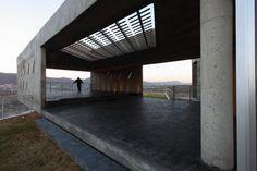 Club House Altos de San Antonio / Dutari Viale Arquitectos
